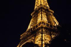 午夜在巴黎,艾菲尔铁塔 图库摄影