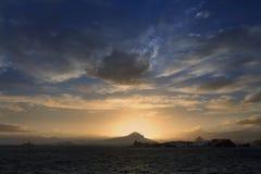 午夜太阳的南极洲 免版税库存照片