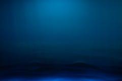 午夜蓝色色的背景树荫  免版税库存照片