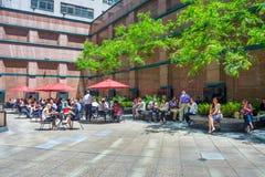 午餐时间在曼哈顿 库存图片