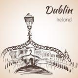 半便士铜币桥梁,都伯林,爱尔兰 皇族释放例证