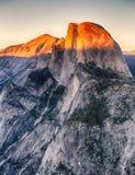 半圆顶优胜美地国家公园,加利福尼亚 免版税图库摄影
