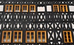 半房子用了木材建造 免版税库存图片