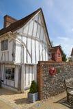 半木料半灰泥的中世纪村庄在Lavenham, Suffol 免版税库存图片