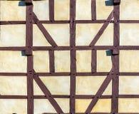 半木料半灰泥的议院细节  免版税库存图片