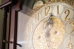华丽古色古香的时钟 图库摄影