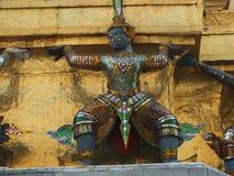 华丽地装饰的寺庙神 免版税图库摄影