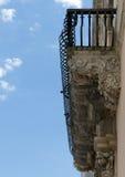 华丽意大利阳台 免版税库存照片