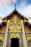 华丽词条到寺庙里在清迈 免版税库存照片