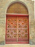 华丽巴洛克式的红色门 免版税图库摄影