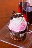 华伦泰杯形蛋糕 免版税库存图片