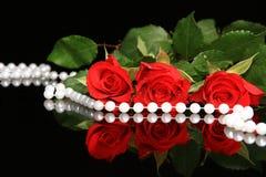 华伦泰红色玫瑰 免版税库存照片