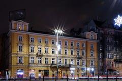 华沙夜城市的中心 结构商务中心例证主题 旅馆 免版税库存图片