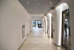 华沙尖顶 编译的现代办公室 库存图片