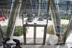 华沙尖顶 编译的现代办公室 免版税图库摄影