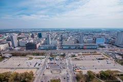 华沙市看法从劳动人民文化宫的顶端和科学在华沙,波兰 库存图片