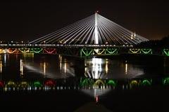 华沙桥梁在晚上 免版税库存照片
