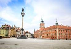 华沙,波兰的市中心有皇家城堡的 免版税库存照片