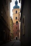 华沙,波兰, 2016年7月1日:老镇的街道在华沙 库存图片