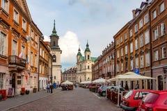 华沙,波兰- 2012年6月:华沙街道  库存照片