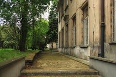 华沙,波兰- 2012年5月12日:墙壁的片段那个老大厦在历史中心 免版税图库摄影