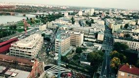 华沙,波兰- 2017年9月27日 都市整修工地工作和都市风景鸟瞰图射击  影视素材