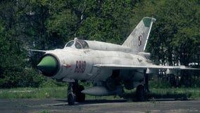 华沙,波兰- 2017年5月, 13日 老波兰米格-21战斗机,北约报告名字Fishbed远摄镜头射击  多数 库存图片