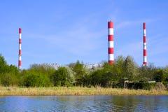 华沙,波兰- Siekierki力量和热厂在Czerniakow qu 免版税图库摄影