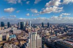 华沙/波兰- 03 16 2017年:全景在市中心 图库摄影