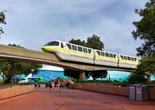 华特・迪士尼世界单轨铁路车系统 免版税库存图片
