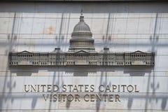 华盛顿国会大厦访客中心标志 库存图片