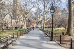 华盛顿广场公园在一个晴朗的冬日 免版税库存图片