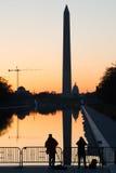 华盛顿特区,在林肯纪念堂的剪影在日出 免版税库存照片
