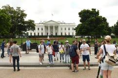 华盛顿特区, - 2018年6月02日:在白宫附近的人们,是 免版税库存照片