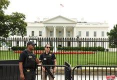 华盛顿特区, - 2018年6月02日:在白宫附近的特勤局卫兵,华盛顿特区 免版税库存图片