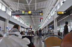华盛顿特区, 7月5日:从华盛顿哥伦比亚特区美国的机场内部场面 免版税图库摄影