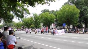 华盛顿特区, 2017年7月4日:游行从华盛顿哥伦比亚特区美国的7月4日 股票录像