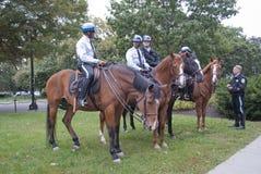 华盛顿特区登上的警察 免版税库存照片