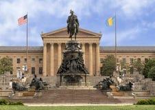 华盛顿纪念碑吕多尔夫Siemering, Eakins长圆形的本杰明・富兰克林公园大道,费城,宾夕法尼亚 免版税库存照片