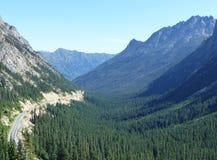 华盛顿通行证,北部小瀑布 免版税库存图片