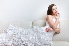 华美的新娘在她的婚礼之日 图库摄影