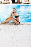 华美的泳装妇女 图库摄影