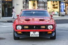 卑尔根,挪威, 2017年7月23日, :Ford Mustang 1971年,站立在a 库存图片