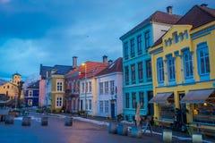 卑尔根,挪威- 2018年4月03日:华美的传统房子在老镇卑尔根,是第二大城市  库存图片