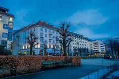 卑尔根,挪威- 2018年4月03日:大厦室外看法接近全国阶段卑尔根的 小室Nationale场面,是 免版税图库摄影