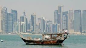单桅三角帆船在卡塔尔 免版税库存图片