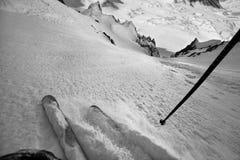 单独滑雪在安地斯 图库摄影