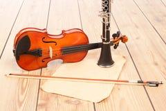 单簧管和小提琴 库存照片