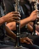 单簧管球员木管乐器部分 免版税库存图片
