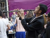 单簧管音乐家 免版税库存照片